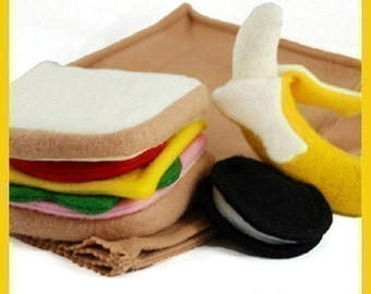 SACK LUNCH - PDF Felt Food Pattern (Sandwich, Chocolate Cookie, Banana, Peel and Sack)