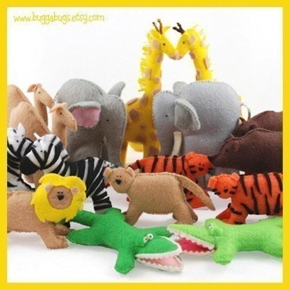 NOAH'S ARK ANIMALS - Giraffes, Elephants, Lions, Tigers, Alligators, Zebras, Camels, Bears (Patterns and Instructions)