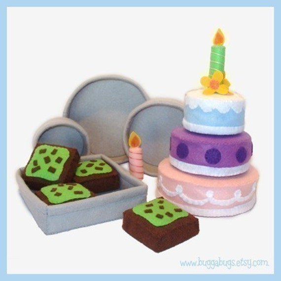 CAKES and BROWNIES - 3 Whole Cakes, Mint Brownies, Cake Pans, Brownie Pan, Candles, Cake Decorations (Patterns and Instructions)