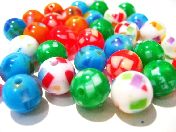 25 colorful round resin beads - 11mm in diameter B19