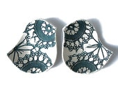 Birds of a feather bowl duo in teal and cream stoneware ceramic with vintage lace crochet texture