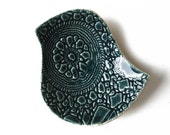 Lacy bird bowl in deep teal green ceramic pottery with vintage lace crochet texture Soap dish, candle or ring holder Housewarming gift ideas