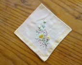Vintage Embroidered Hankerchief adorned with White Daisies