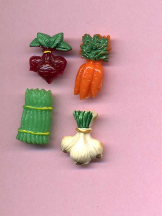 Group Of Four Realistic Buttons - Vegetables - 1940's