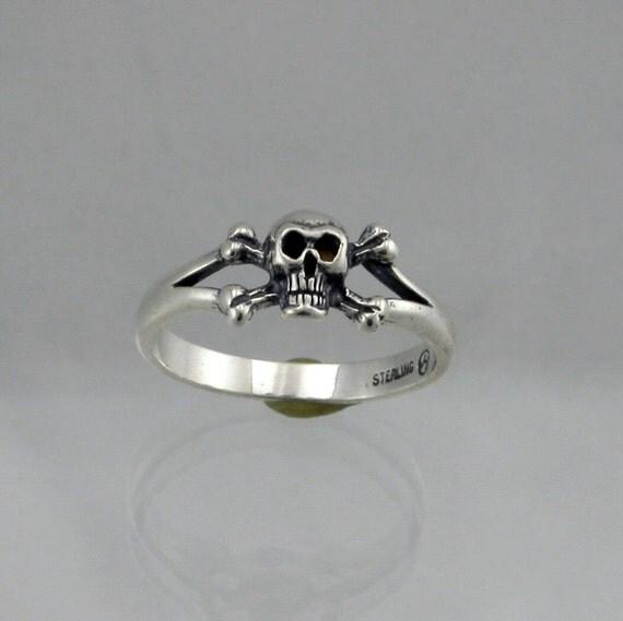 Skull X Bone Ring