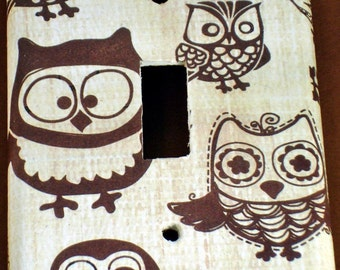 Light Switch Plate Wall Decor  Single Light Switch Cover  Owl Switch Plate  in Owl Pals ( 701S)
