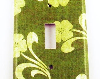 Light Switch Cover Wall Decor Switch Plate  Single Toggle Switchplate in Grace (146S)
