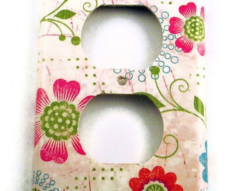 Light Switch Cover Switchplate Wall Decor   Switch Plate in  Pretty Flowers (166O)