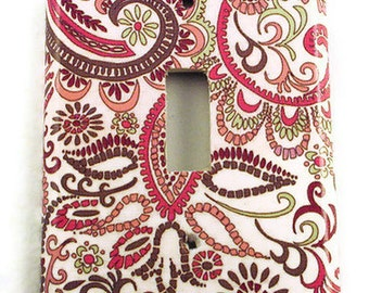 Light Switch Cover Wall Decor   Switchplate Cover  in  Pink Paisley  (099S)