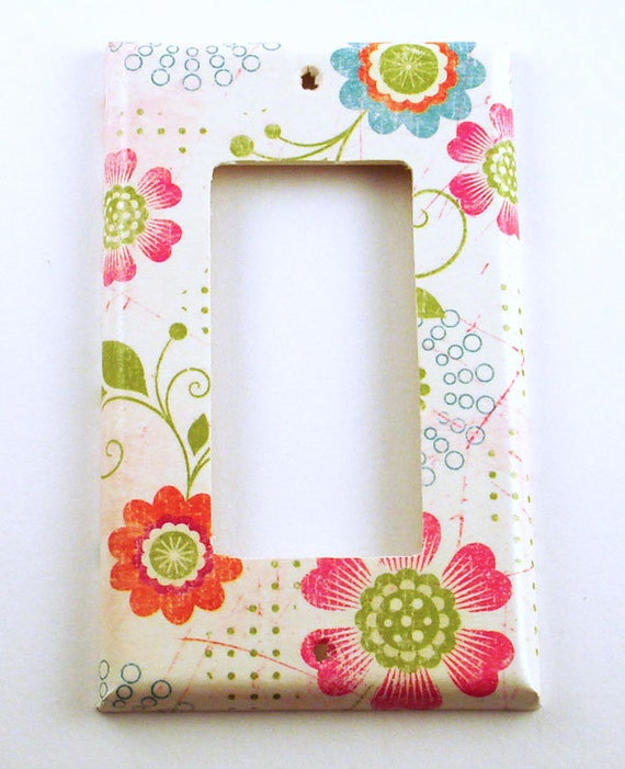 Light Switch Cover  Wall Decor Switchplate  Rocker Switch Plate in Pretty Flowers (166R)