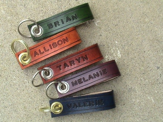 PERSONALIZED - Leather key chain - fob - holder - in various colours