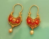 Reversible gold red and turquoise earrings