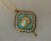 Clover turquoise pendant