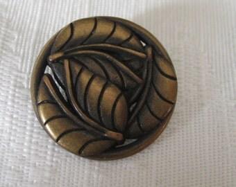 Pierced Metal tri Leaf Button