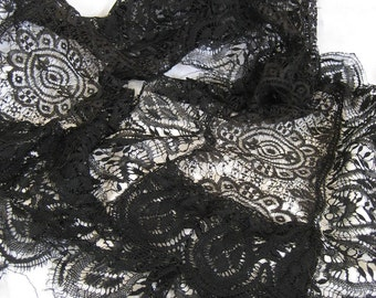 Beautiful Scrap ANTIQUE Long Black Lace Scarf   X