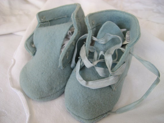 VINTAGE Baby Blue Felted Booties