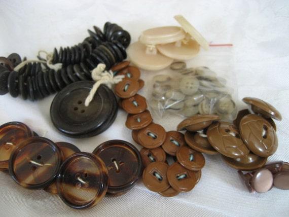 LOT Sets of VINTAGE Tan Brown Plastic BUTTONS  T1