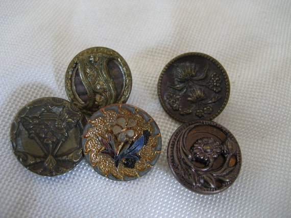 Lot of 5 ANTIQUE Small Metal Floral BUTTONS