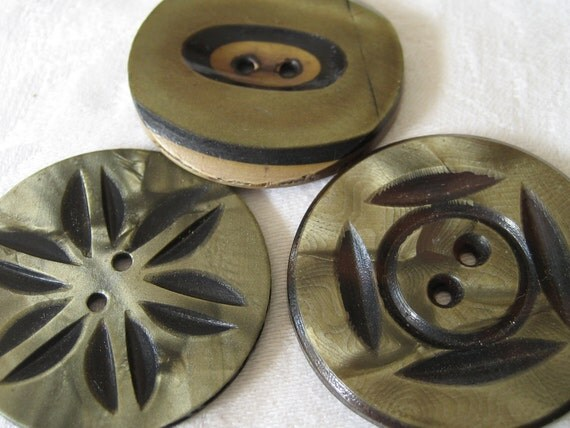 LOt of 3 Large VINTAGE Carved Celluloid BUTTONS