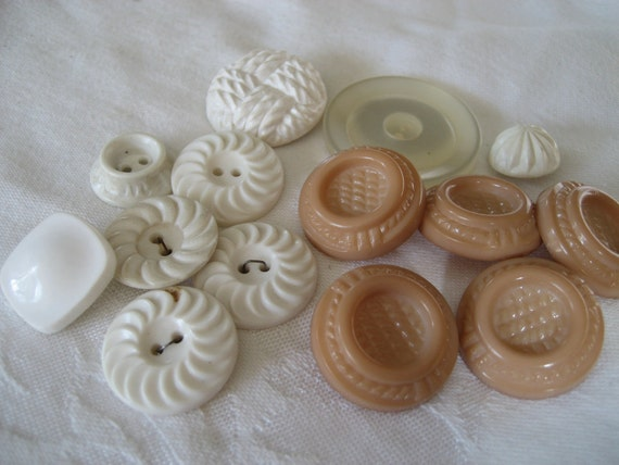 Lot Sets of VINTAGE White and Peach Plastic BUTTONS