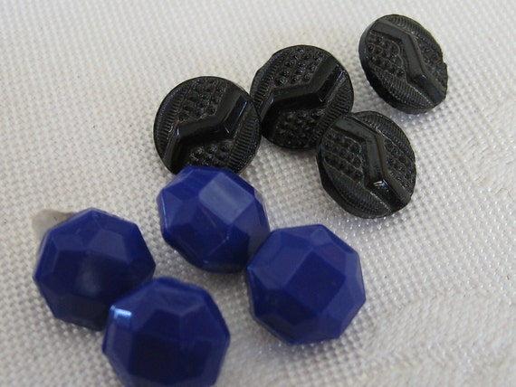 2 Sets of 4 VINTAGE Small Blue and Black Glass BUTTONS
