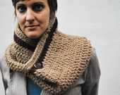 Rosey Cozy Cowl with Button brown and cranberry