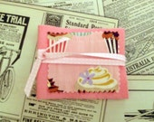 Small Needle Holder\/Case\/Book - pink