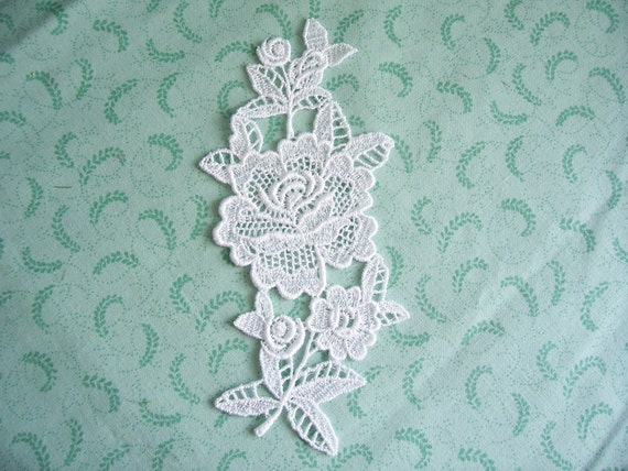 Roses Vintage Inspired Venice Lace Applique
