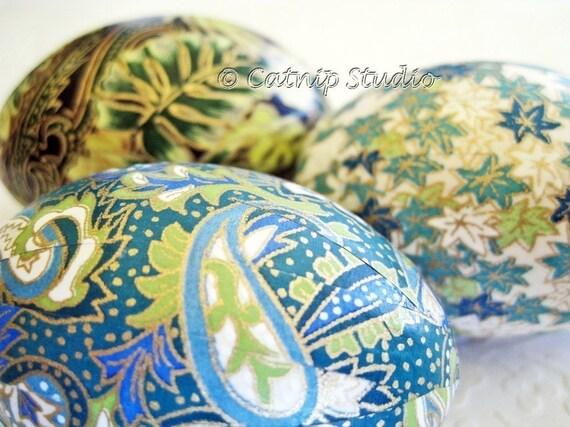 Easter Eggs, Teal Blue Easter Eggs, Teal Green Easter Eggs, Paisley Easter Eggs, origami eggs, decoupage eggs