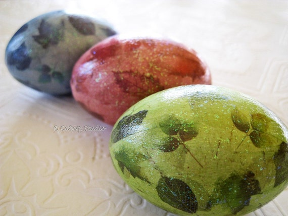 Easter Eggs, Leaf Easter Eggs, Origami Easter Eggs, decoupage eggs, glittered eggs, green blue rose pink