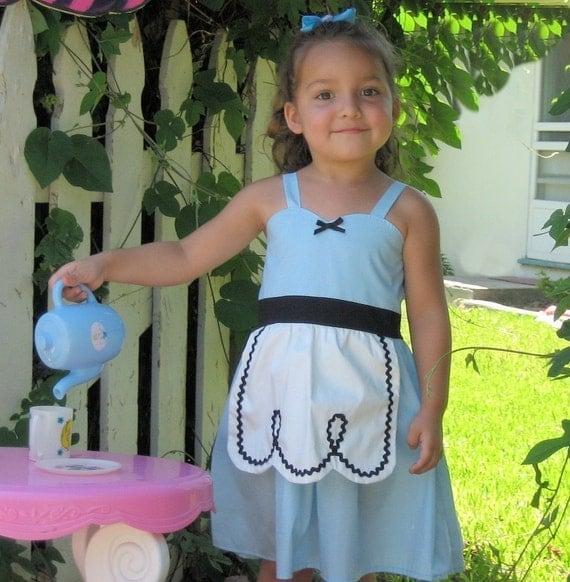 ALICE In WONDERLAND dress retro  APRON dress toddlers girls tea party handmade alice in wonderland  costume