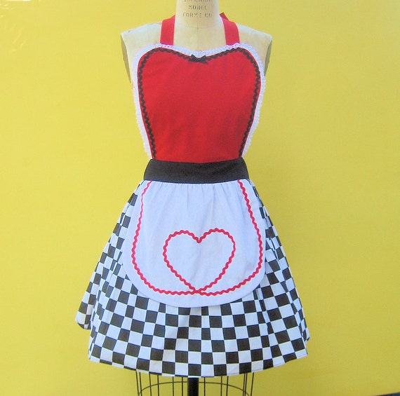 QUEEN Of HEARTS  .... Retro 50s apron sexy hostess bridal shower gift womens flirty costume full aprons