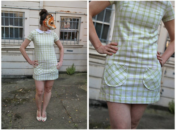 Vintage 60s Mod Mini Dress with Peter Pan Collar in Green and White Plaid with Button Up Back- sz S