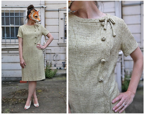Vintage 60s Mod Shift Dress in Burlap Linen  with Asymmetric Buttons and Bow by Stacy Ames- sz M/L