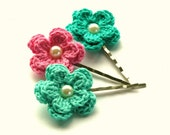 Crochet Flowers Bobby Pins in  Aqua Green and Candy Pink