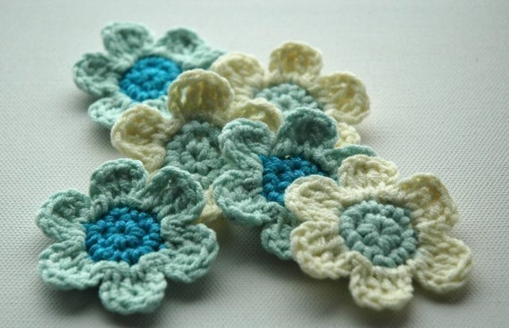 Crochet Applique Flowers in shades of Blue and White