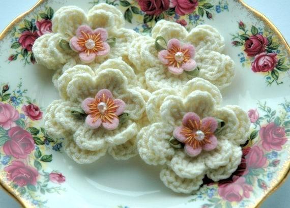 Crochet Flowers - Cream Embellished Crochet Flowers x 4