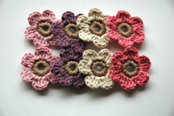 Crochet flowers in Organic Cotton
