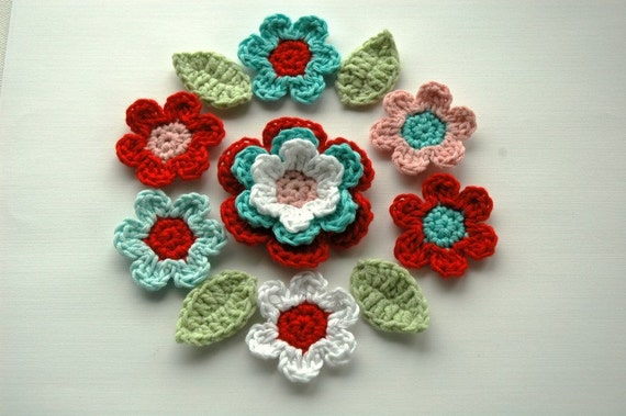 Crochet Flower Applique set in Red and Aqua