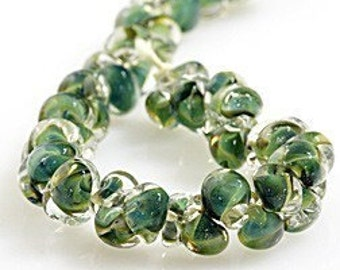 10 Reptile Green Teardrop Handmade Lampwork Beads - 10mm (21107)