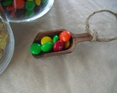 Candy Scoop - SET OF 5 Wood Mini Scoops with Rope for Candy Buffets or Favors - Item 1159