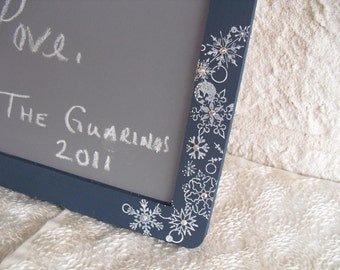 ONE LARGE Winter Snowflake Chalkboard for Signs and Table Numbers or Photo Props,Great Designer Chalkboards - Item 1217
