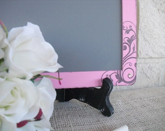 ONE LARGE Vintage Glam Damask Chalkboards with EASELS for Signs and Table Numbers or Photo Props - Item 1092
