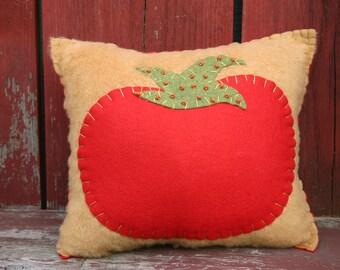 Vintage Style Fresh Tomato Pillow