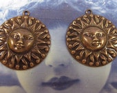 Here Comes The Sun Charms in Copper Ox Plate 252COP x2