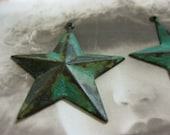 Verdigris Patina Big Old Brass Star Charms Pendants 130VER x2