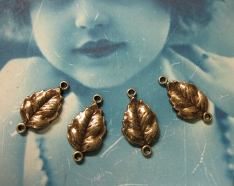 Brass Ox Plated  Petite Leaf Connectors 55BOX x4