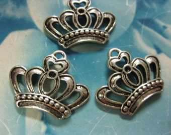 Antique Sliver Ox  Plated Crown Charms 706SOX x4