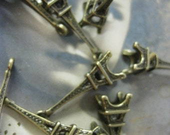 Closeout Sale Bronze Plated Eiffel Tower Charms 707BRZx4