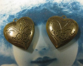 Brass Ox Heart Shaped Lockets 433BOX x2